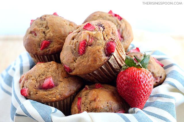 Easy Strawberry Banana Muffins Recipe