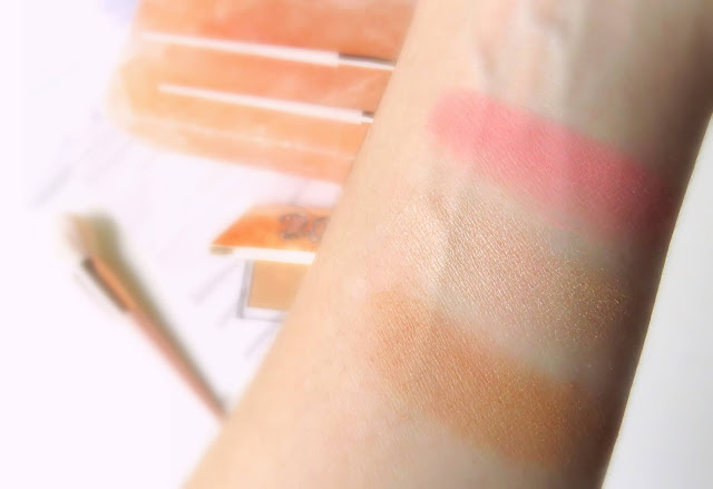 Urban Decay Stay Naked Threesome paletka odtiene