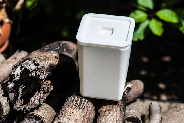 Sprout - indoor compost bin for the apartment dweller
