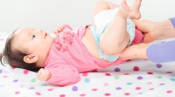 4 Cara Mengatasi Sembelit Pada Bayi