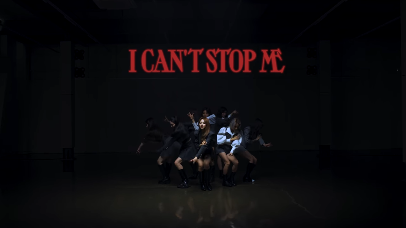 TWICE Full of Energetic in the Choreography Video 'I CAN'T STOP ME'