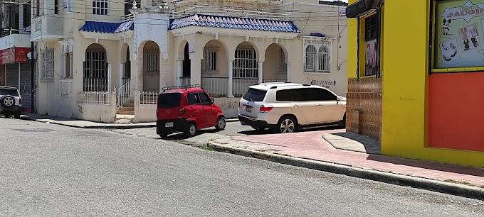 Chóferes del Municipio de Cabral denuncian que las Pamparas operan de manera ilegal en su ruta