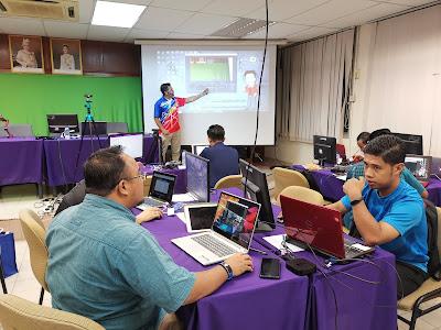 Cikgu Romie dengan perkongsian penghasilan video pengajaran menggunakan teknologi green screen
