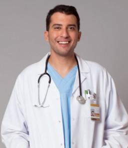 Mucize Doktor Dizisi Asistan Doktor Demir