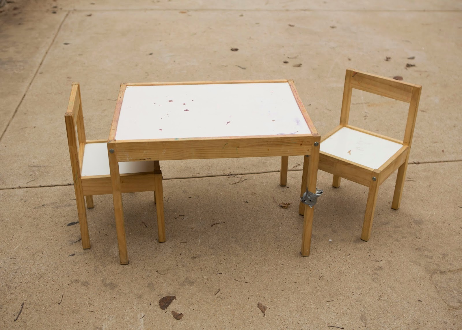 The Particle Board Top Was Bubbling Up And Would Not Get Clean Legs Sides Chairs Had Paint Color Marks Whole Table Seen Better