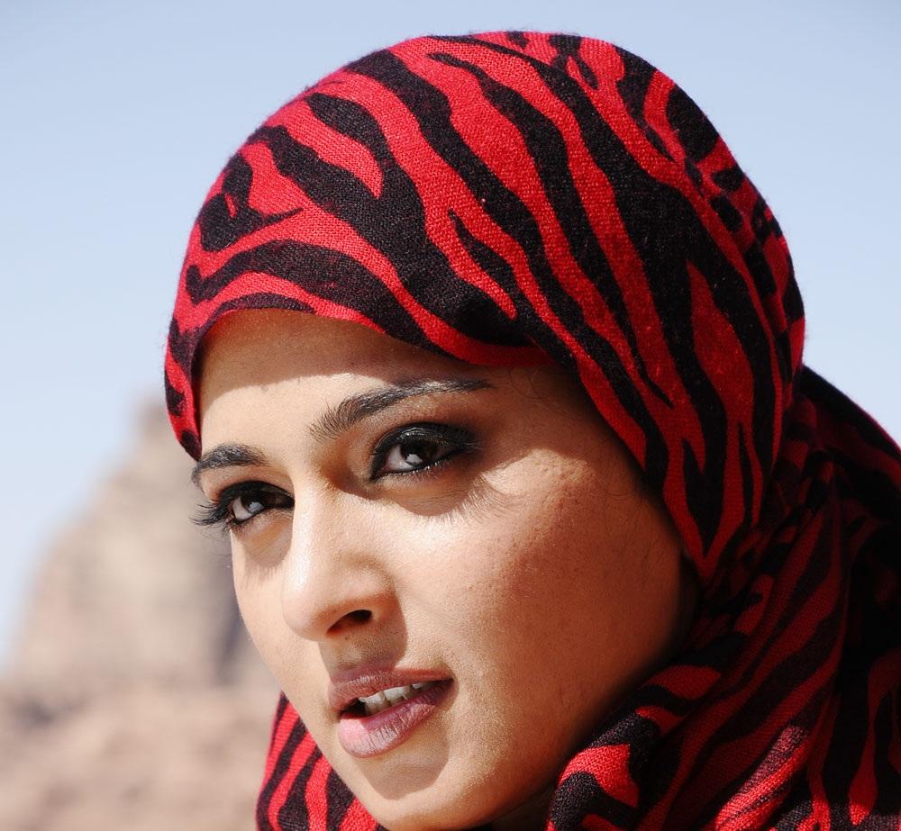 Tollywood Actress Face Closeup Stills Of Anushka Shetty
