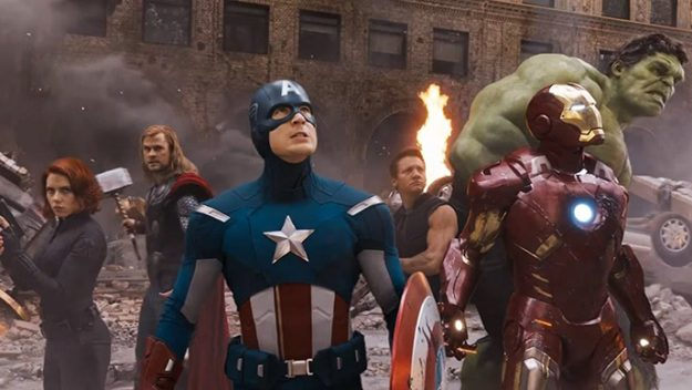 industri film Hollywood dipenuhi oleh film film superhero Marvel Daftar Superhero Anggota Avengers dalam Marvel Cinematic Universe (MCU)