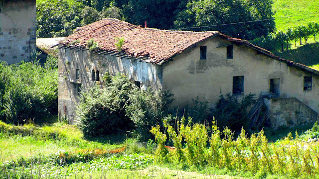 Casa torre de Zubileta en estado de ruina