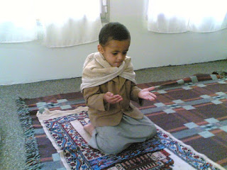 RESEP BAHAGIA ala Imam Ibnu Hazm