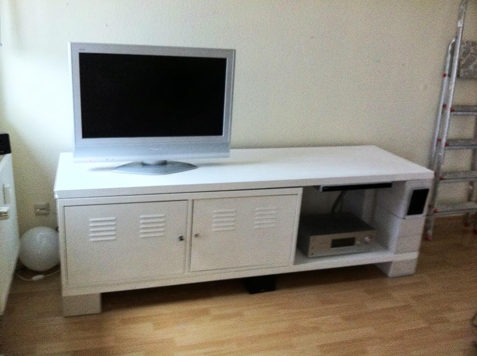 ps to sideboard ikea hackers ikea hackers. Black Bedroom Furniture Sets. Home Design Ideas