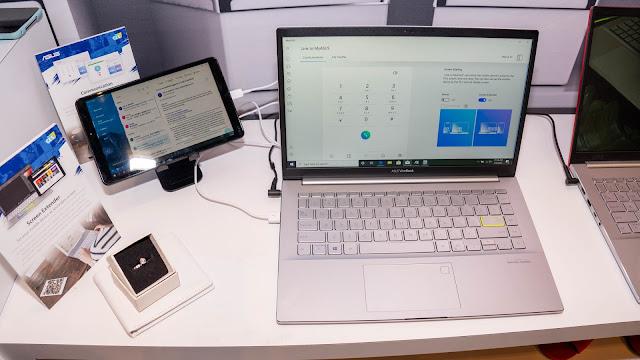 利用平板電腦(左)展示成第二螢幕的狀態