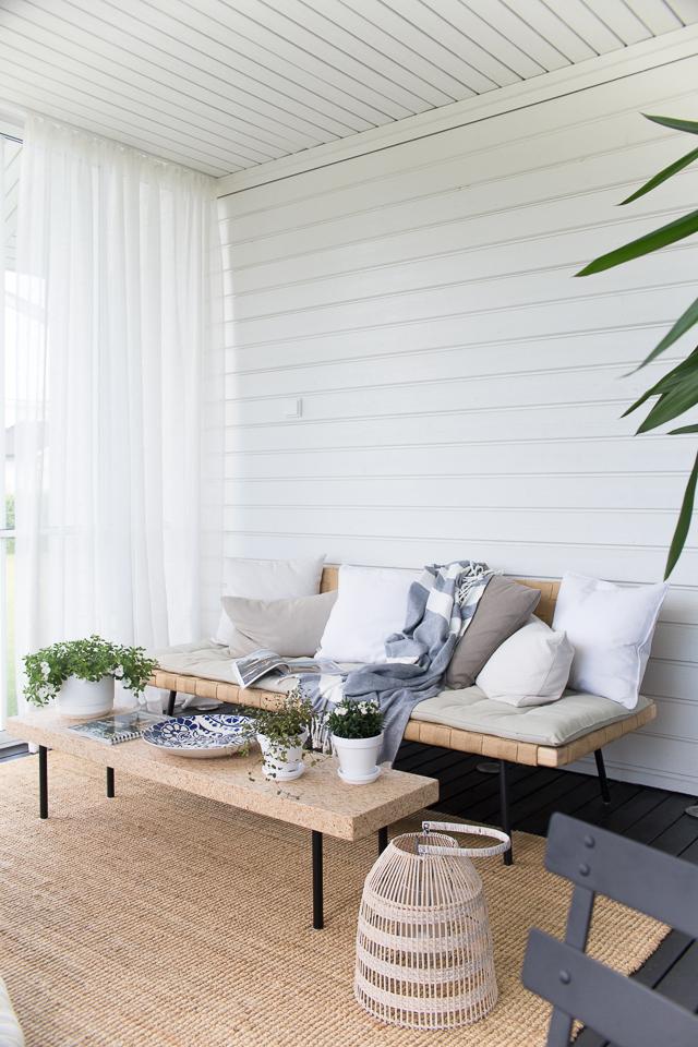 Villa H, juhannus kotona, lasitettu terassi, Ikea sinnerlig