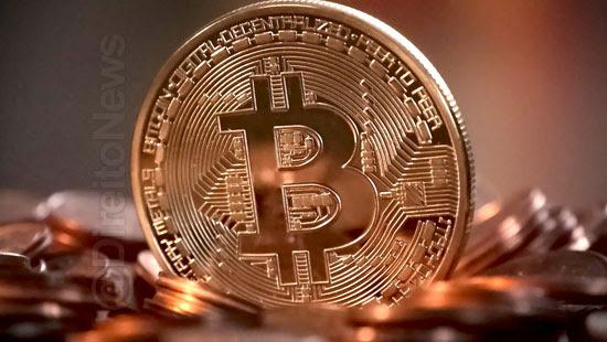clientes processam empresa bloqueio criptomoedas direito