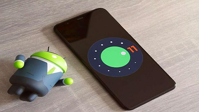 XDA Developers tarafından keşfedilen Nisan 2020 tarihli bulgulara göre Google, Android 11 ile akıllı telefonların en az 2 GB RAM'e sahip olmasını zorunlu kılacak.