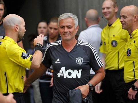 Mourinho dẫn dắt MU giành nhiều thắng lợi