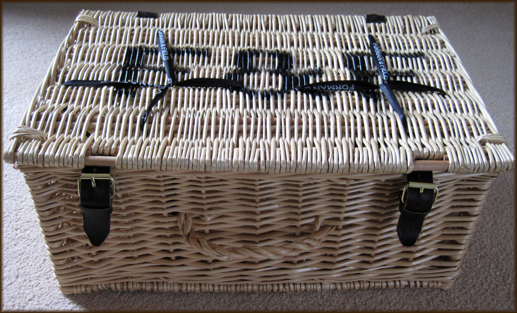 Forman and Field Tasting Hamper
