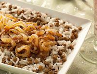 Arroz com Lentilhas e Cebola Dourada - Mjadra (vegana)