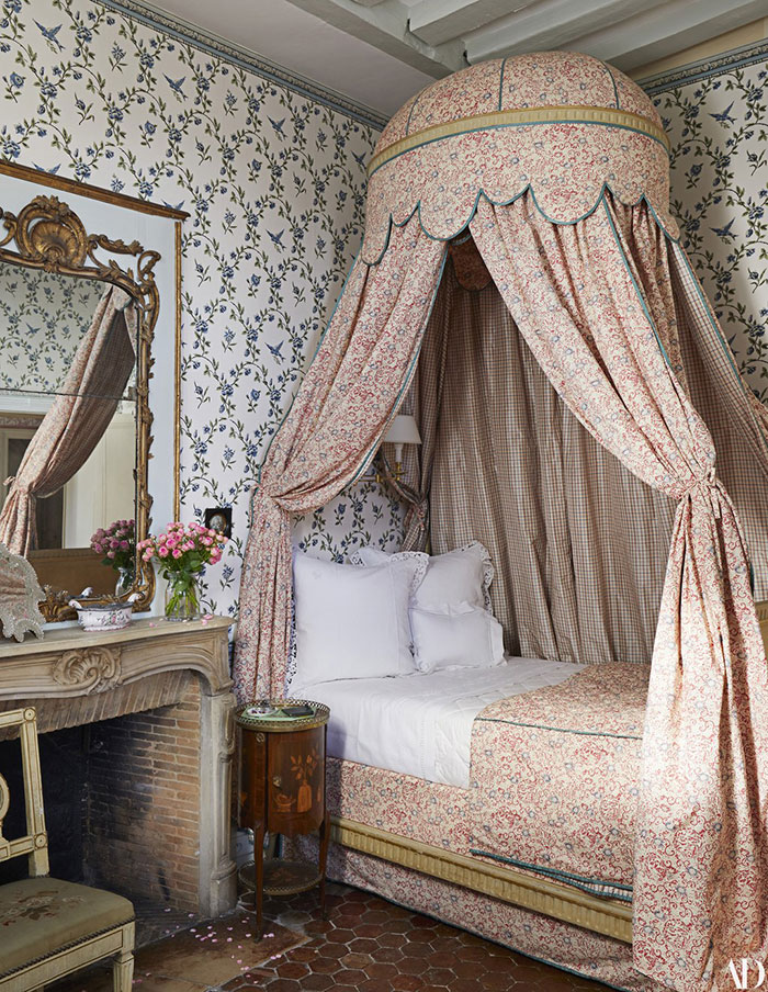 Décor: The 1608 Hôtel Particulier Turned French Escape of Chris Burch