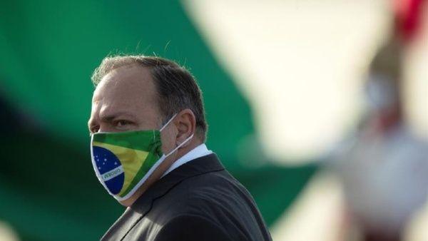 Ordenan a Gobierno brasileño divulgar datos de Covid-19