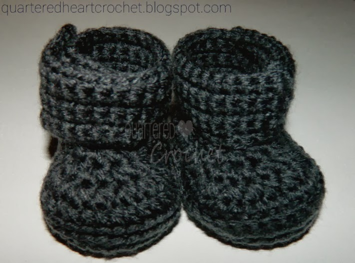 7379a1af9eb69 NEW 72 DOUBLE STRAP BABY BOOTIES CROCHET PATTERN | baby booties pattern