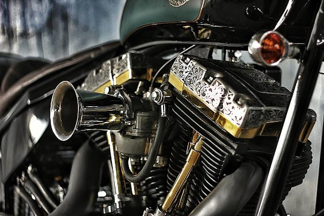 Harley Davidson  By Studio Motor Hell Kustom