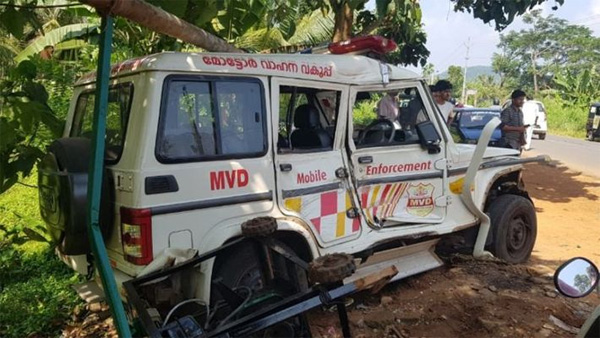 News, Kerala, Accident, Injured, hospital, Vehicles, Tanker lorry accident in Malappuram Perinthalmanna