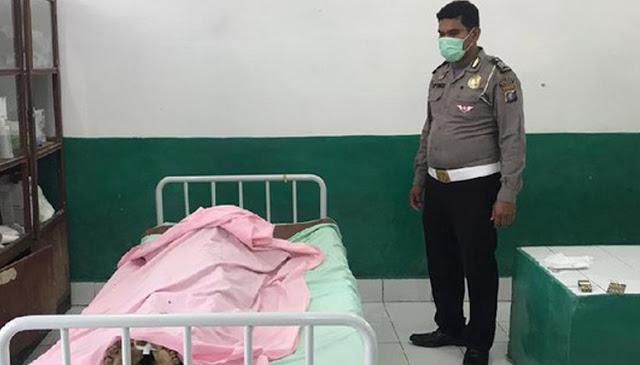 Akibat Keluarga Tak Punya Biaya, Pak Polisi Baik Hati ini Tebus Jenazah Korban Kecelakaan Menggunakan Uang Pribadinya