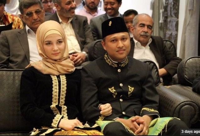 Pria Indonesia Nikahi gadis Suria dengan Mahar hapalan 500 Hadits