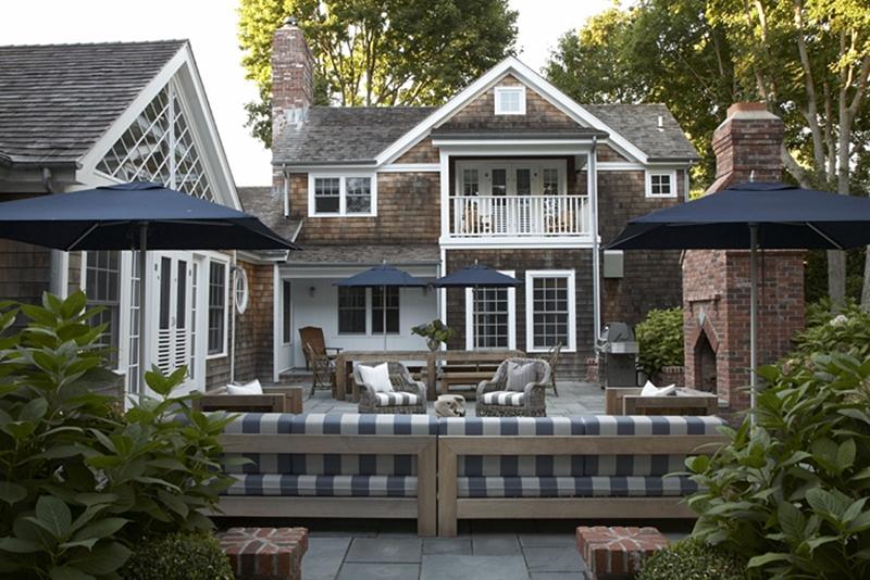 romantik bir bah e ve zevkli d enmi bir veranda kalzeno dekorasyon. Black Bedroom Furniture Sets. Home Design Ideas