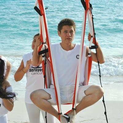 yoga aéreo, aeroyoga, air yoga, yoga aérea, aeropilates, pilates aéreo, air pilates, fly pilates, formación yoga aéreo, formación pilates aéreo, formación fitness aéreo