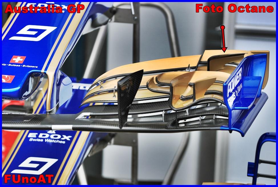 Immagine 2 - L'ala anteriore mostrata dalla Sauber fuori dai propri box in Australia