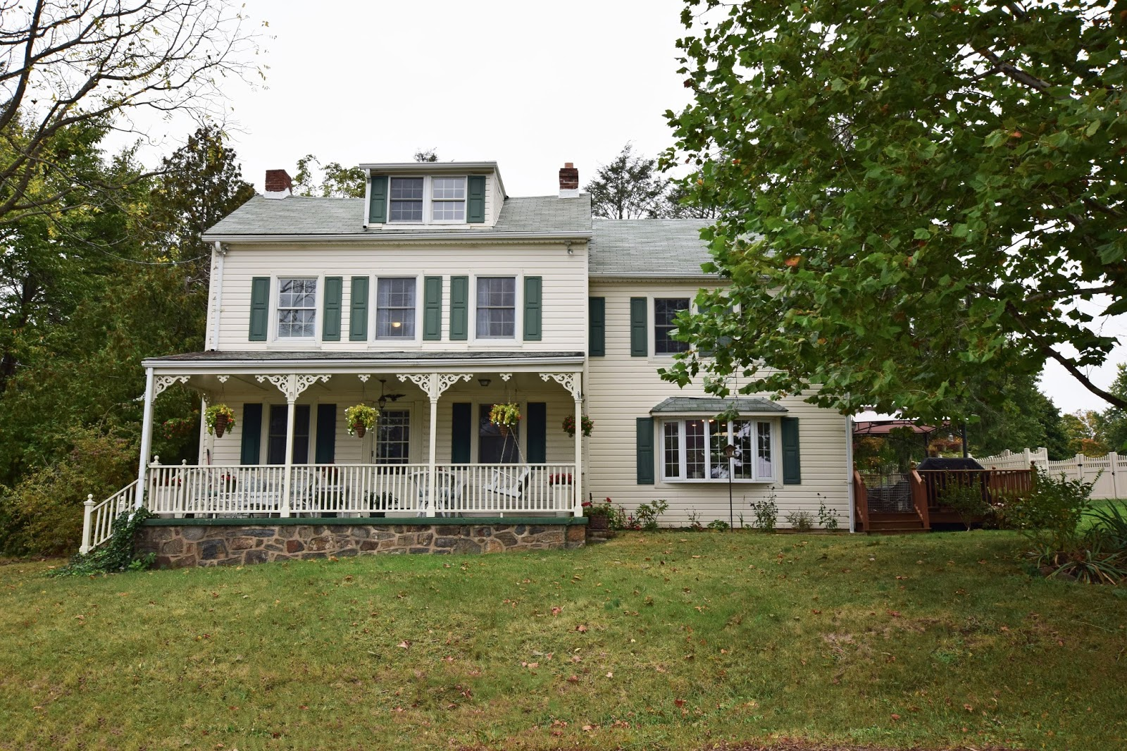 living in media pa 1800 s farmhouse for sale in aston township rh livinginmediapa com Old Colonial Houses Old Historic House