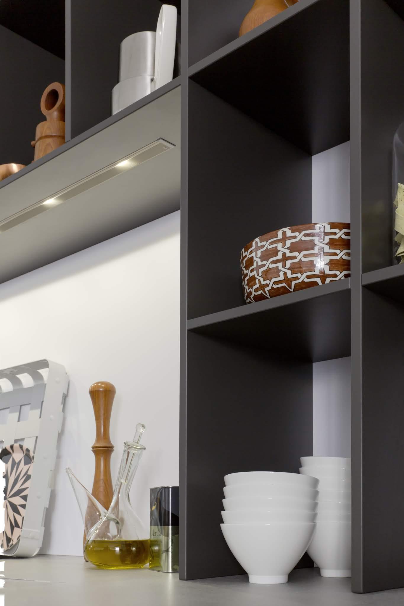 otwarte półki w kuchni zdjęcia