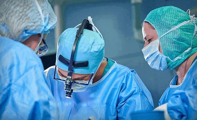 ما هي عملية جراحة التهاب المفاصل وتفاصيل تحضيرها