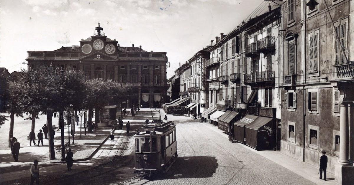 I tram di alessandria tram elettrico in piazza della - Mercatino alessandria ...