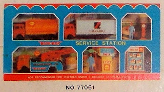 """Blue-Box""; ""Blue-Box"" Toys; 1986; BB No. 597; Blue Box; Blue Box 77061; Blue Box Bedford Crane; Blue Box Bedford RL; Blue Box Bedford Tanker; Blue Box Bedford Truck; Blue Box Construction Site; Blue Box Dockside Loading Set; Blue Box Service Station; Construction Set; Construction Site; Construction Toy; Dockside Loading Set; Hong Kong; Hong Kong MOC; Hong Kong Plastic Toy; Hong Kong Toy; Small Scale World; smallscaleworld.blogspot.com; The Transport Fleet; Toy Trade Distribution Co.; Toys For Boys; TT Hong Kong;"