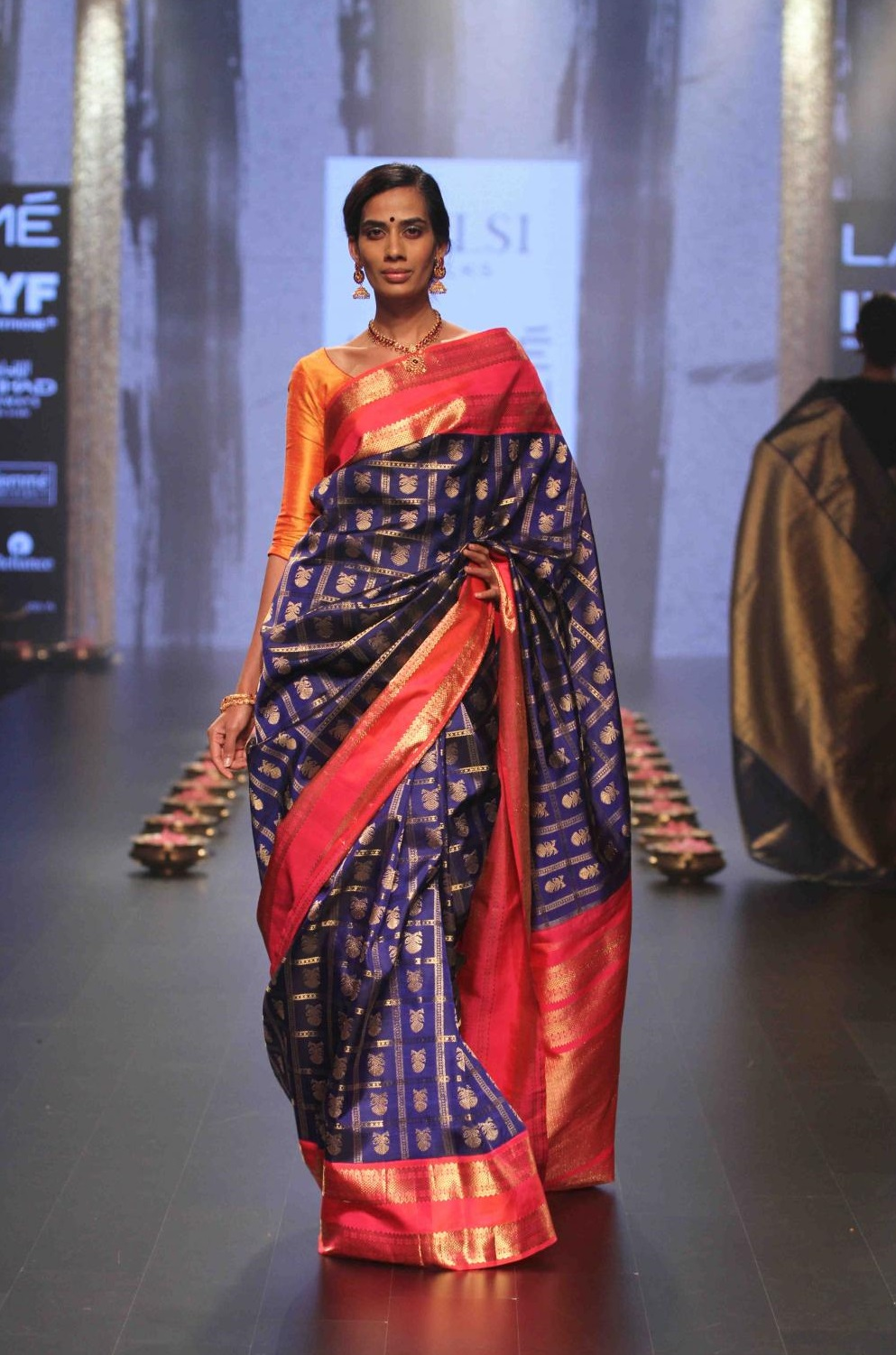You Must Check These Stunning Kanjeevaram Silk Collections
