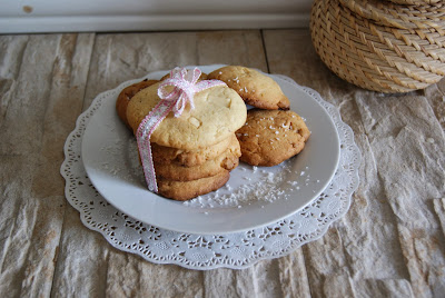 Cookies de coco y chocolate blanco