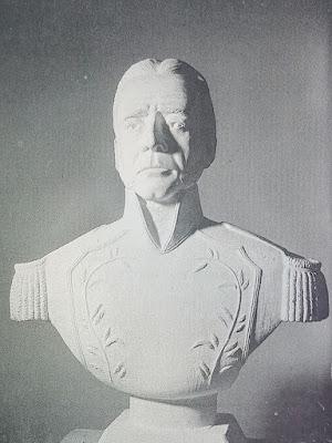 Busto de Vicente Campo Elías.