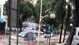 Jakarta: 5 titik ruas jalan tergenang air hujan pagi tadi