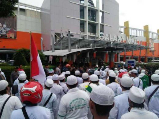 Anggota DPR Geram Pada Aksi Sweeping, FPI harus ditindak, Kepolisian Jangan Lembek!