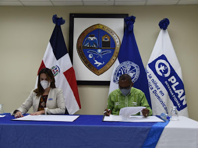 UASD Recinto Barahona y Plan International firman convenio