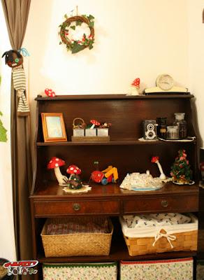 棚のクリスマス飾り