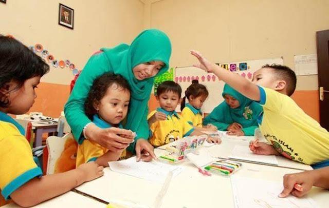 Insentif Rp 500 Ribu Per Bulan Untuk 13.335 Guru PAUD