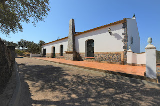 Se vende casa con finca en El Madroño