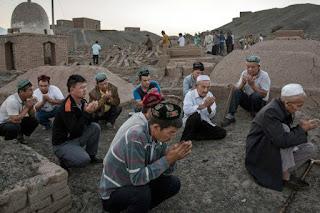 Tindakan China Cegah Virus Corona Picu Kelaparan di Xinjiang