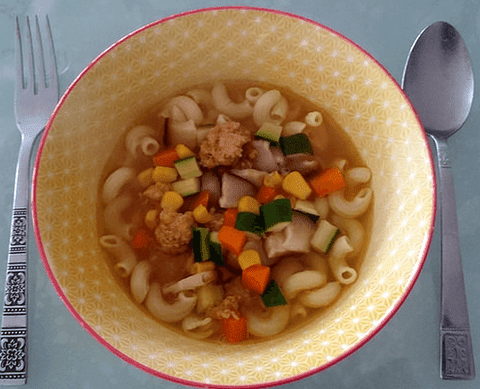 Meatball and Macaroni Soup with Carrot