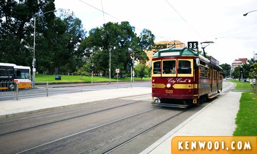 melbourne route 35 tram