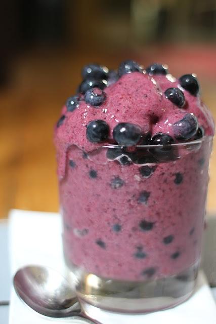 Low calorie blueberry slushy