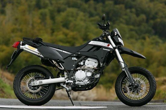 Kelebihan dan Kekurangan Supermoto Kawasaki D-Tracker X 250